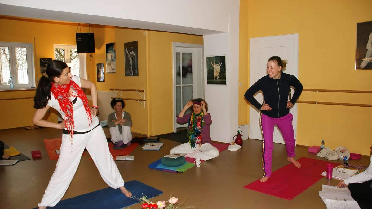 Yoga-Ausbildung FOUNDATIONS of YOGA (43)