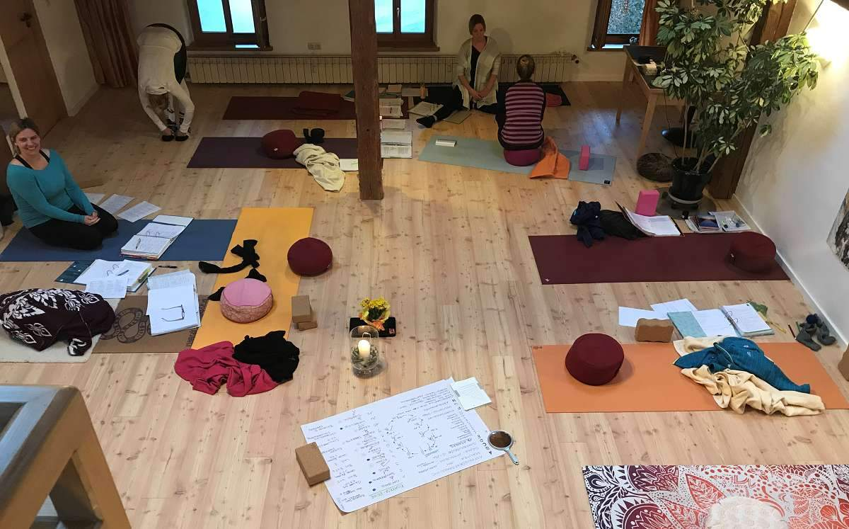 Yoga-Ausbildung FOUNDATIONS of YOGA (7)